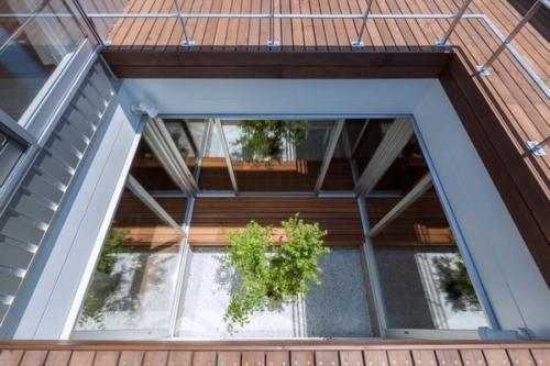 デザイナーズ 住宅 中庭  シンプル モダン