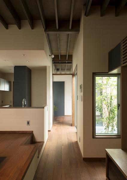デザイナーズ 住宅 リビング 中庭 廊下 シンプル 和モダン 建築家