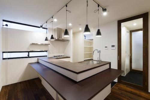 デザイナーズ 住宅 キッチン カウンター セラミック シンプル モダン