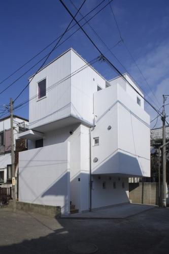 デザイナーズ 住宅 外観 ガルバリウム 波板 コンクリート 外壁 シンプル モダン