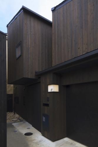 デザイナーズ 住宅 外観 外壁 焼杉 シンプル モダン