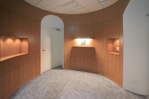 デザイナーズ オフィス エントランス 受付 シンプル モダン 建築家
