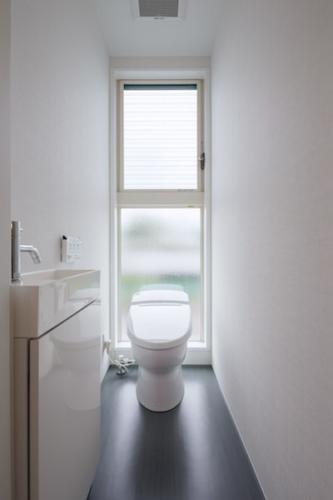 デザイナーズ 住宅 トイレ シンプル モダン